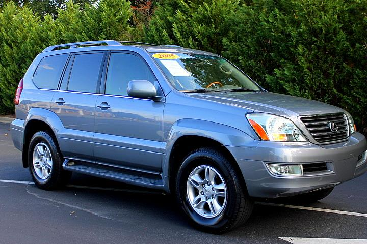The 2005 Lexus GX 470 photos