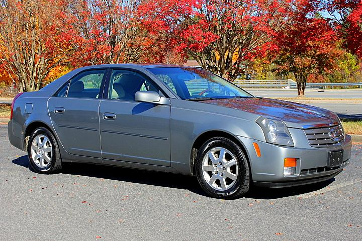 The 2005 Cadillac CTS photos