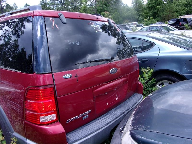 2003 Ford Explorer XLT photo