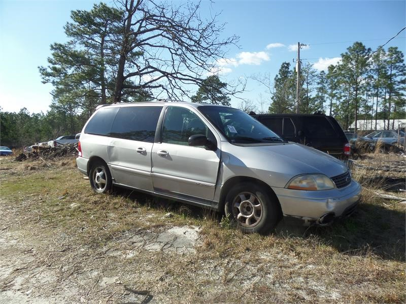 The 2001 Ford Windstar SE Sport photos