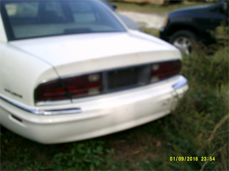 The 2003 Buick Park Avenue