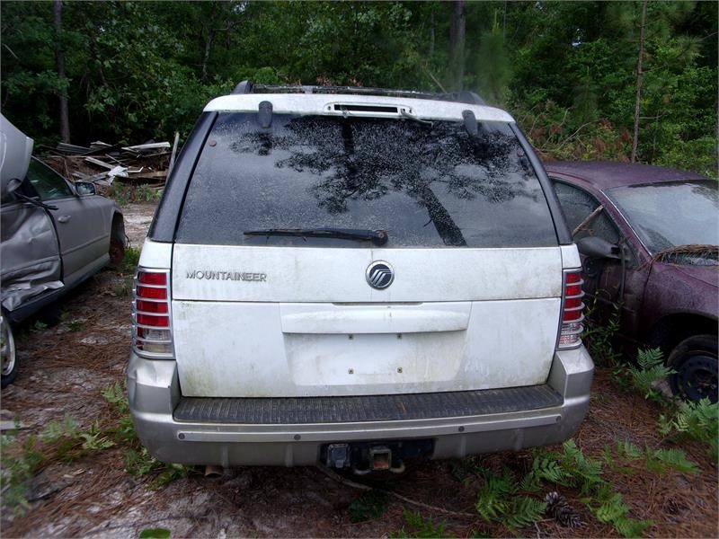 The 2002 Mercury Mountaineer