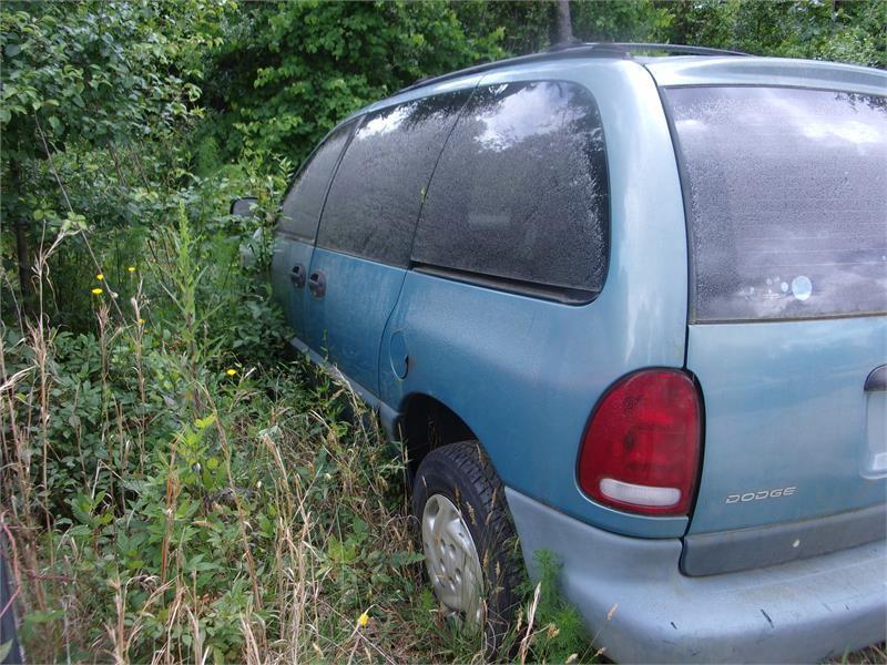 1997 Dodge Caravan SE photo