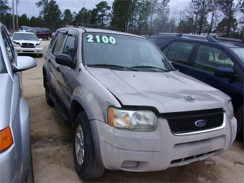 2001 Ford Escape XLT photo