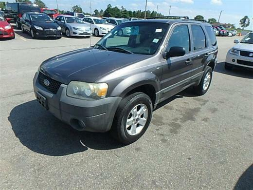 The 2005 Ford Escape XLT