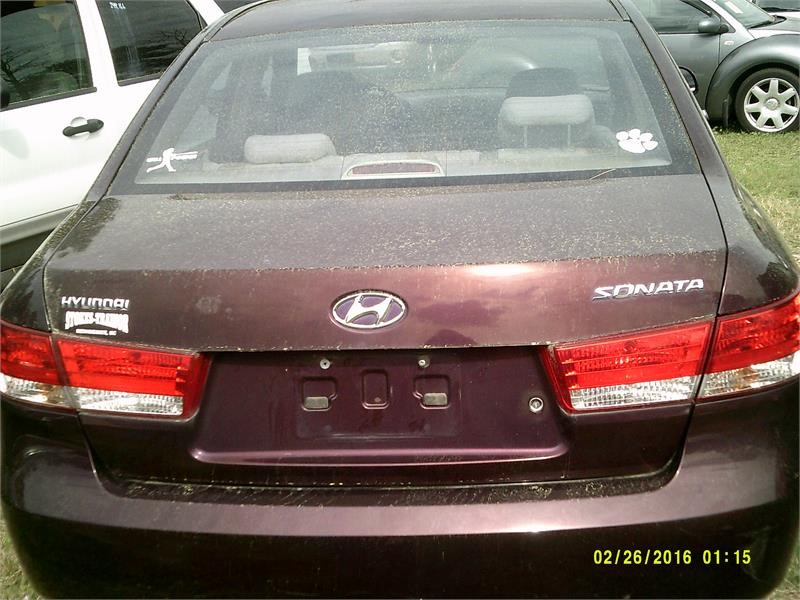 The 2006 Hyundai Sonata GLS photos
