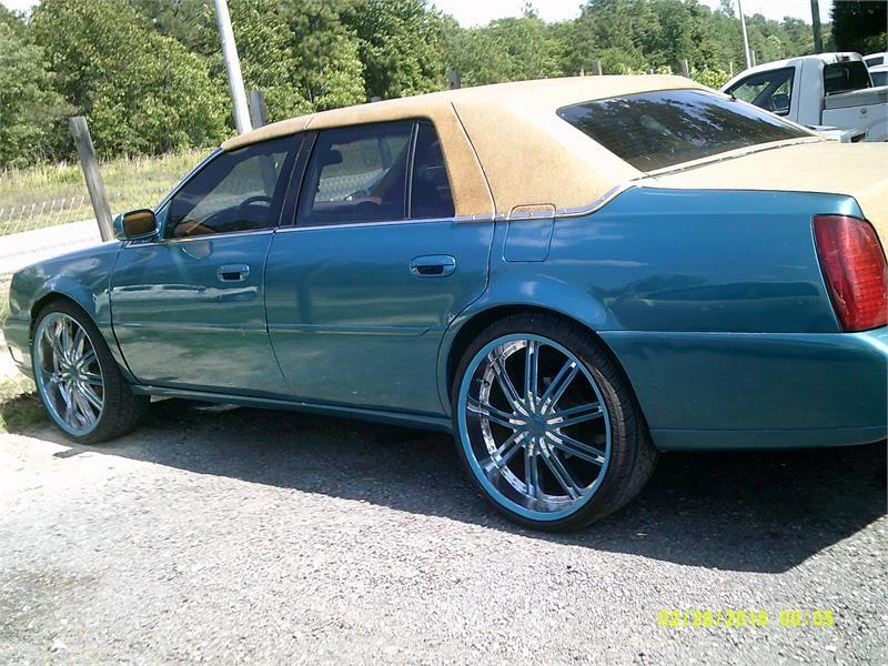 2001 Cadillac DeVille DHS photo