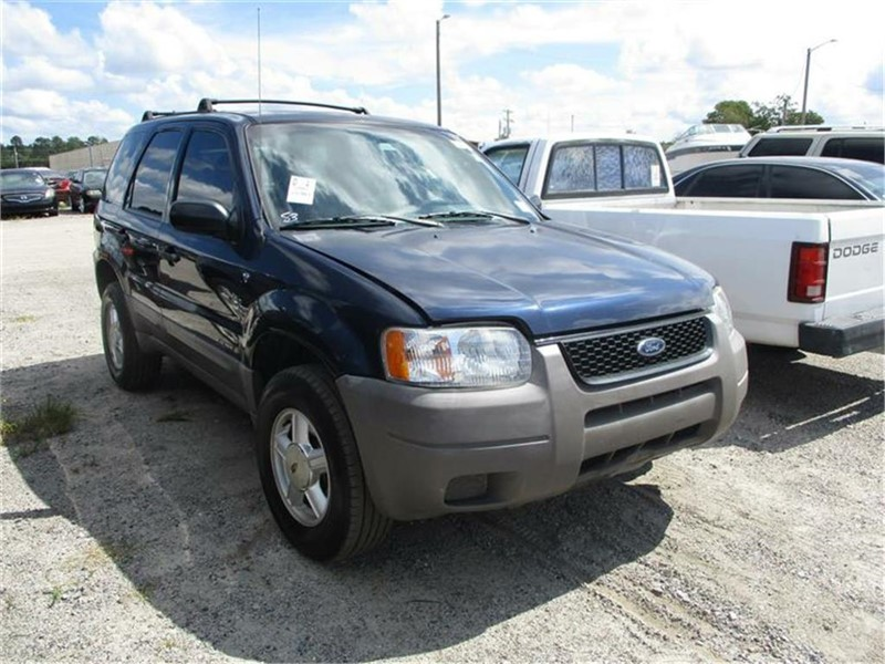 2002 Ford Escape XLS Value photo