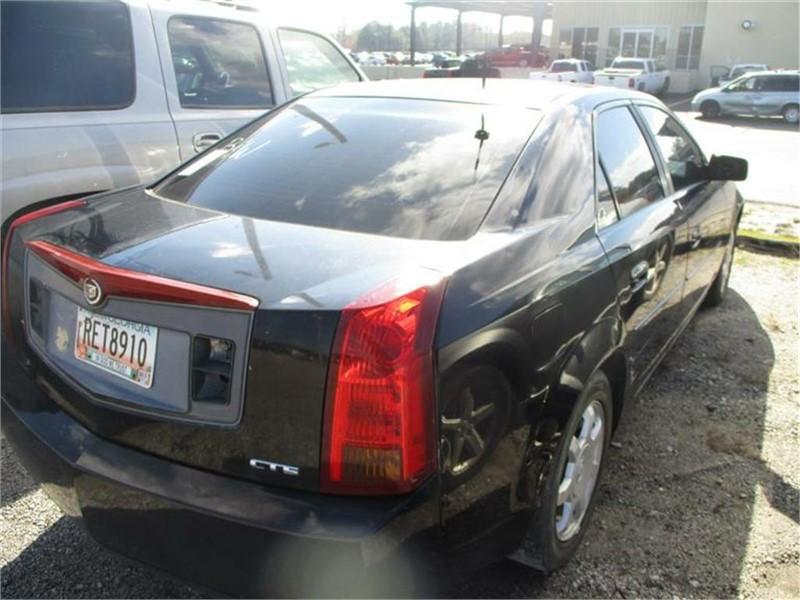2003 Cadillac CTS photo