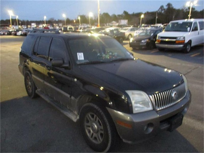 The 2004 Mercury Mountaineer Convenience