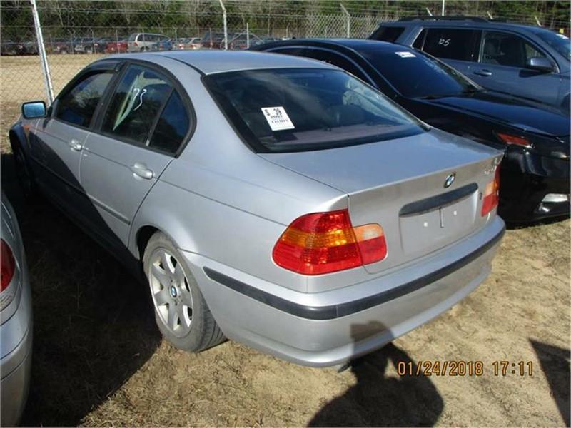 2002 BMW 3-Series 325i photo