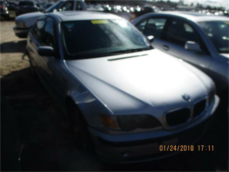 2002 BMW 3-Series 325i photo