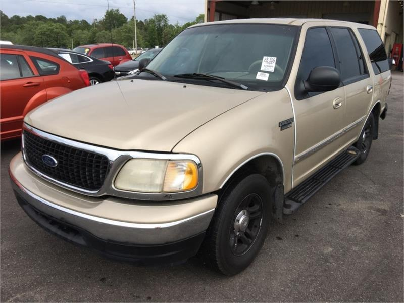 1999 Ford Expedition XLT photo
