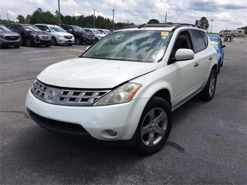 The 2005 Nissan Murano S photos