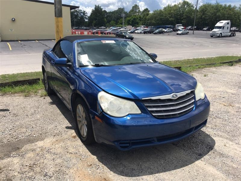 2010 Chrysler Sebring Touring photo