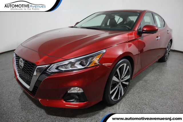The 2019 Nissan Altima  photos