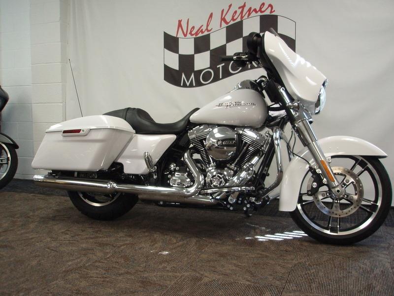 2016 Harley-Davidson FLHX - Street Glide®  photo