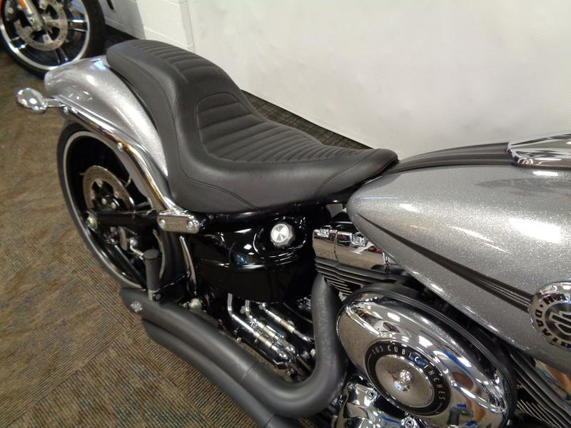 2015 Harley-Davidson FXSB - Softail® Breakout&  photo