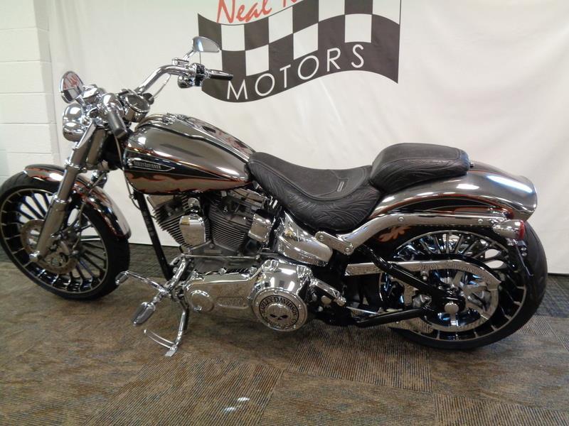 2014 Harley-Davidson FXSBSE - CVO™ Breakout&#  photo