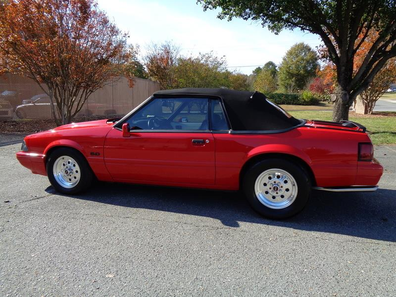 1990 Ford Mustang LX Limited photo
