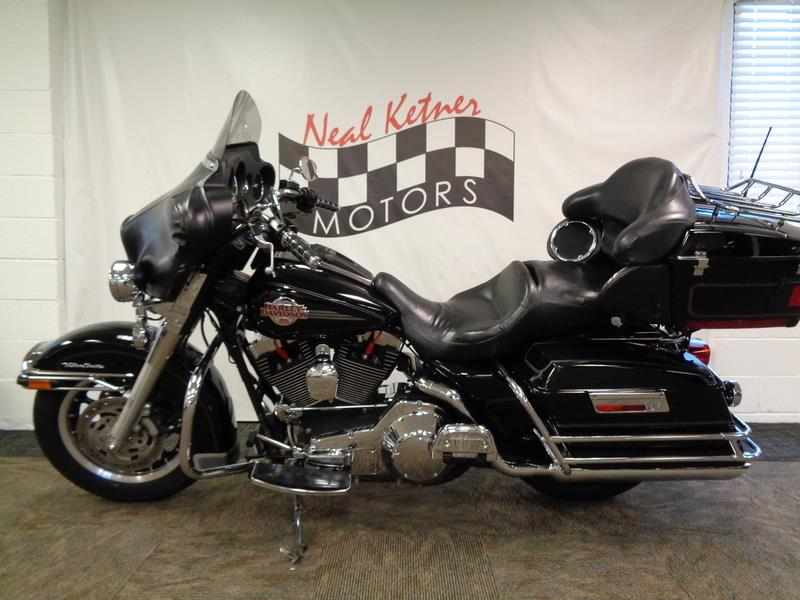 The 2005 Harley-Davidson FLHTCUI - Electra Glide®