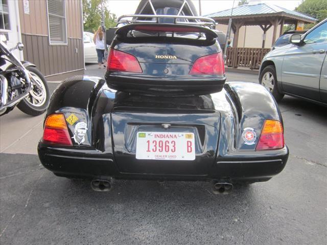 2003 Honda SC47  photo