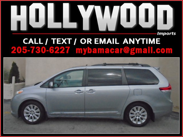 2011 Toyota Sienna XLE 8-Passenger photo