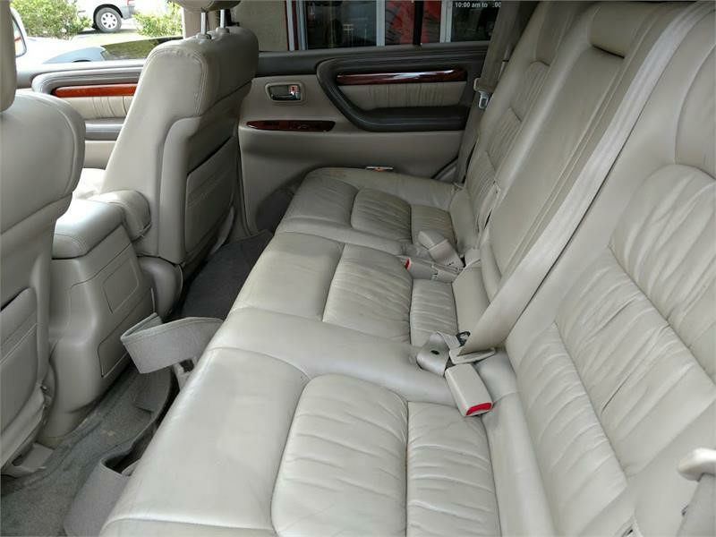 1998 Lexus LX 470 photo