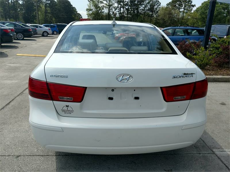 2010 Hyundai Sonata GLS photo