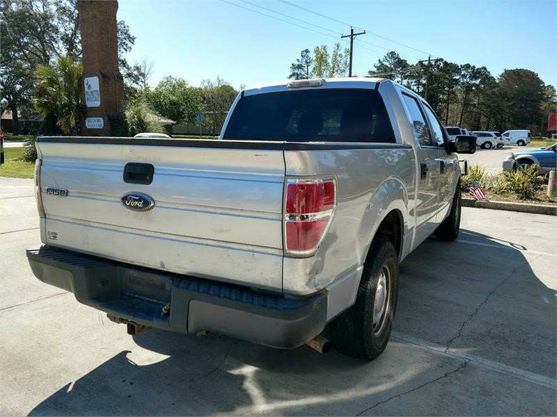 2010 Ford F-150 XL photo