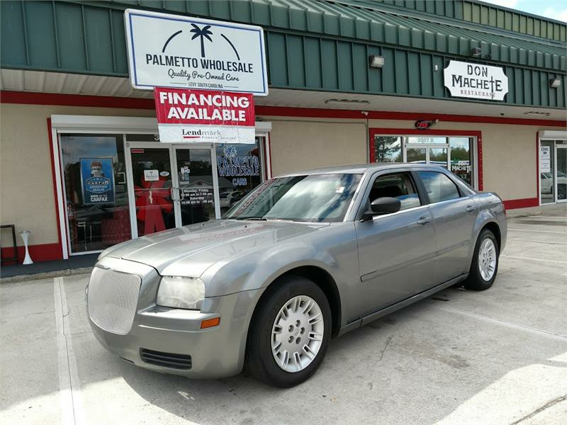The 2006 Chrysler 300 photos
