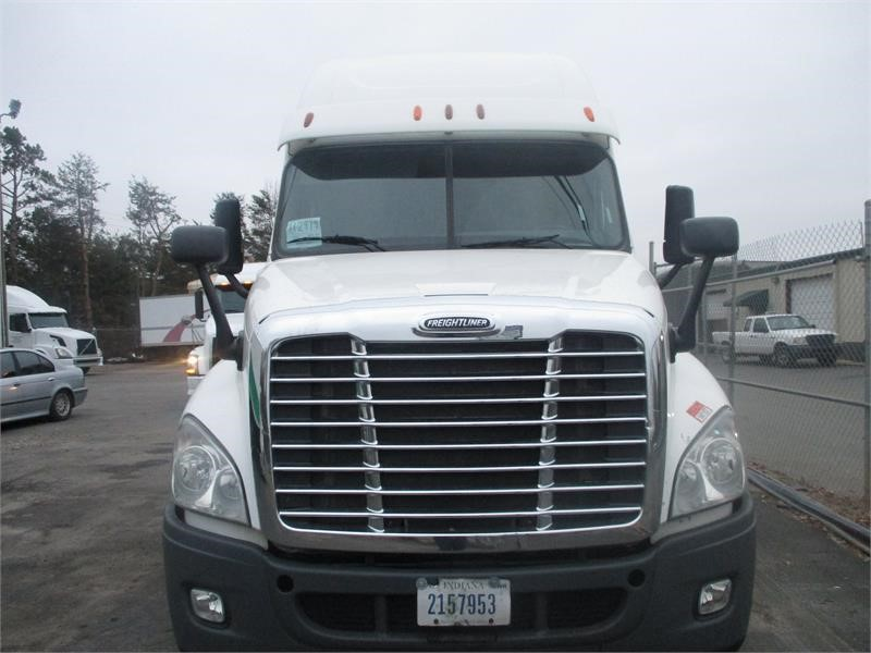The 2014 Freightliner Cascadia 125