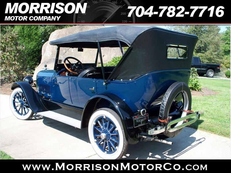 1922 Ford Taurus X Eddie Bauer photo