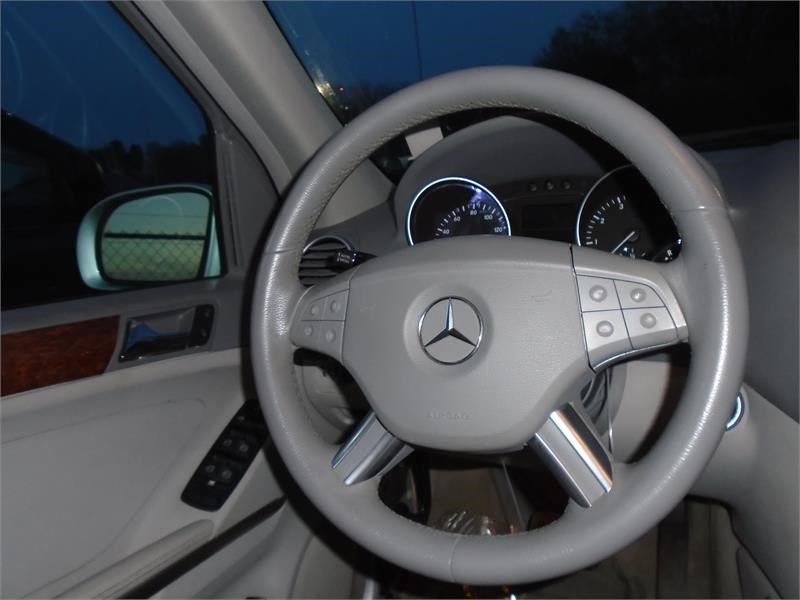 2007 Mercedes-Benz M-Class ML350 photo