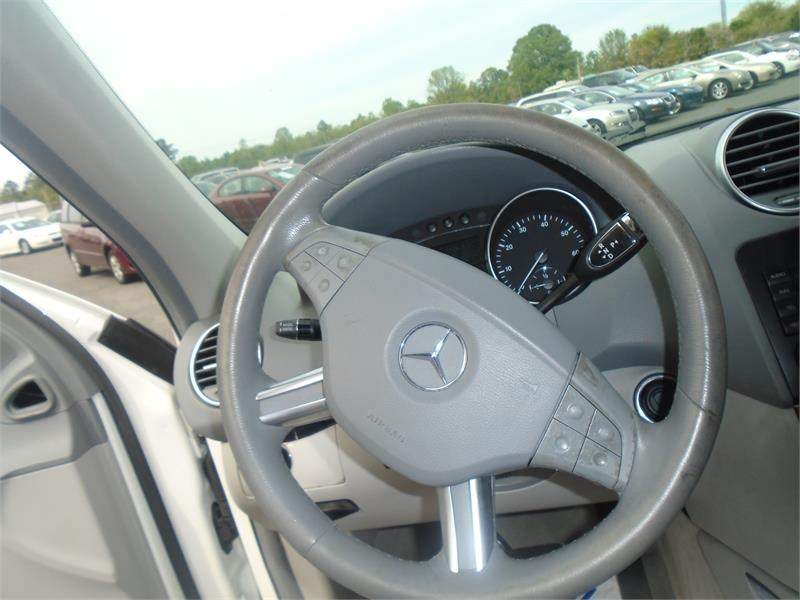 2006 Mercedes-Benz M-Class ML350 photo