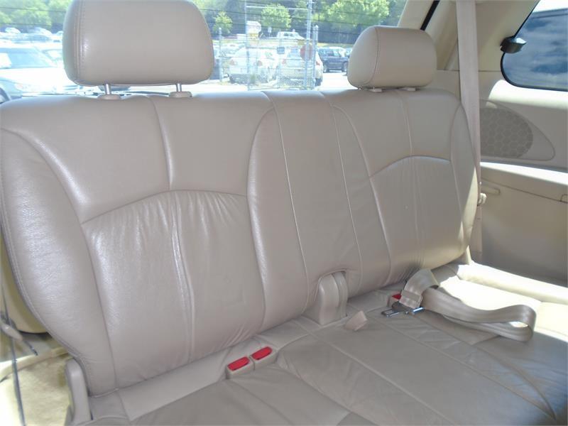 2000 Mazda MPV LX photo