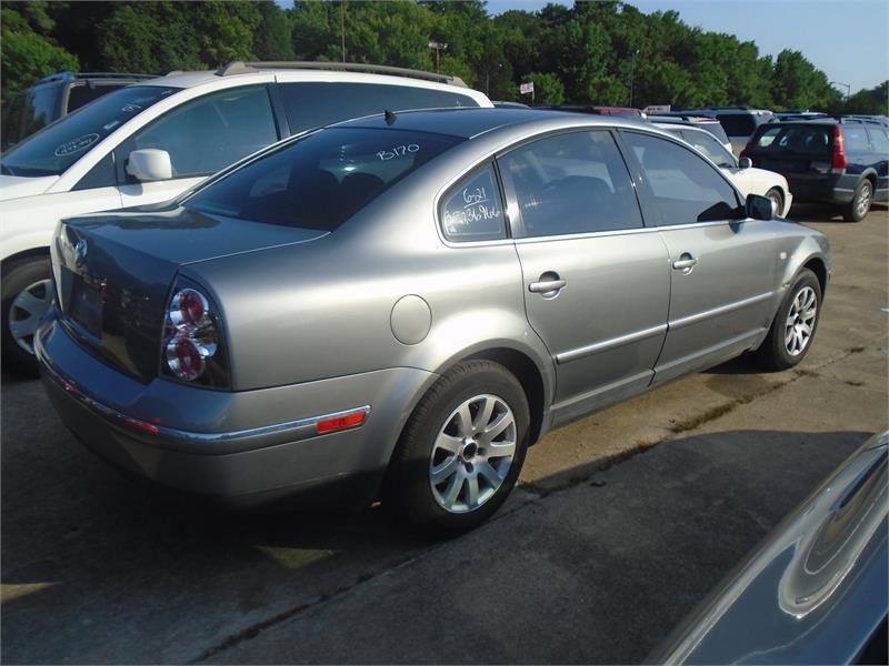 2003 Volkswagen Passat GLS 1.8T photo