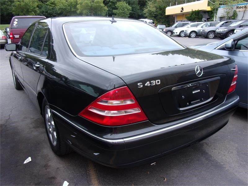 2000 Mercedes-Benz S-Class S430 photo