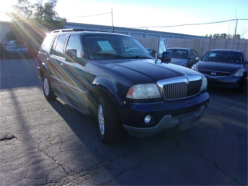 2004 Lincoln Aviator Luxury photo
