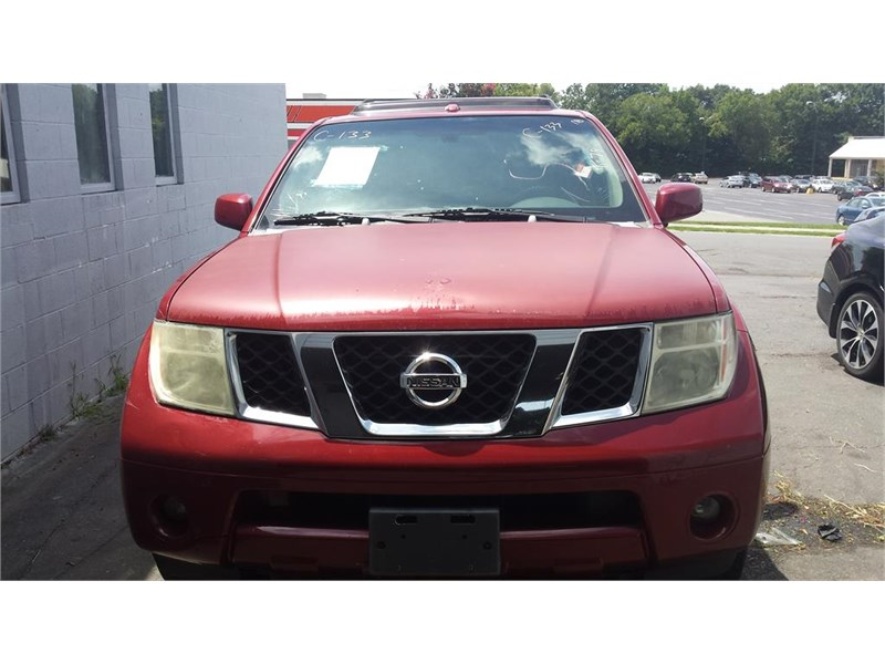 The 2006 Nissan Pathfinder S