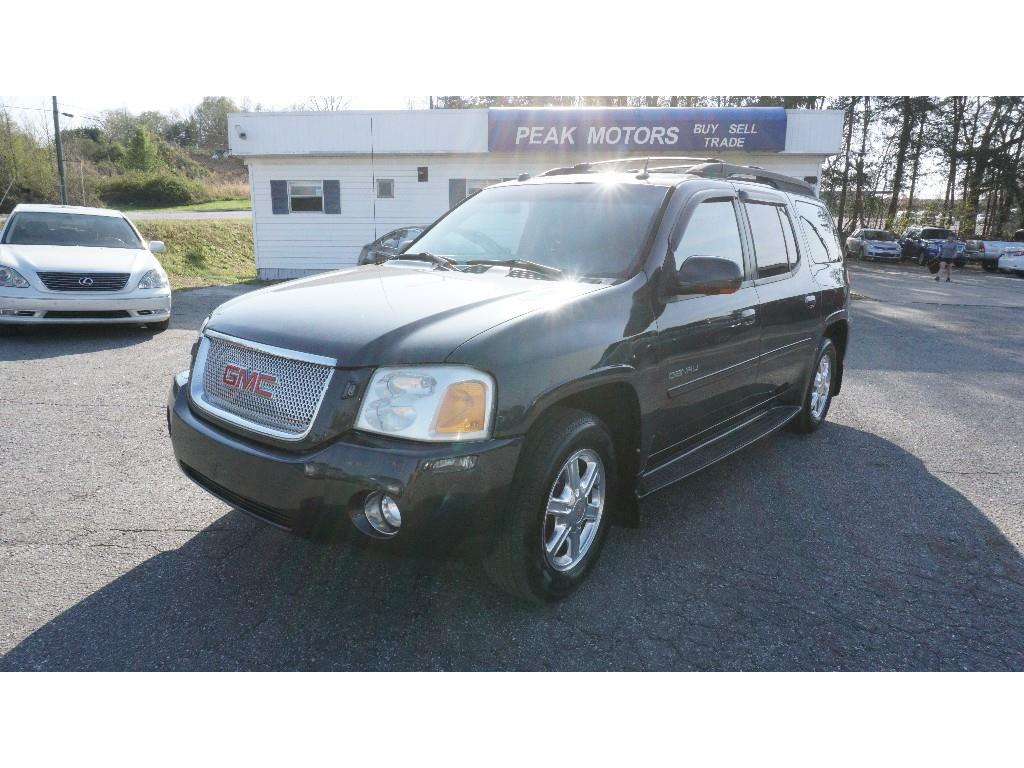 2005 GMC Envoy XL SLE photo