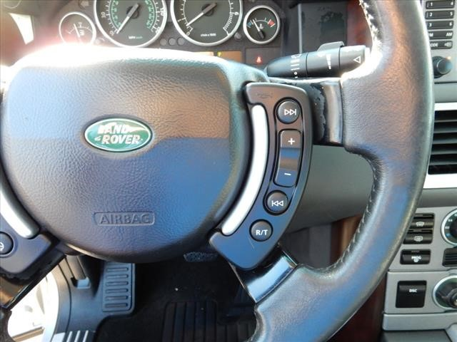 The 2004 Land Rover Range Rover HSE