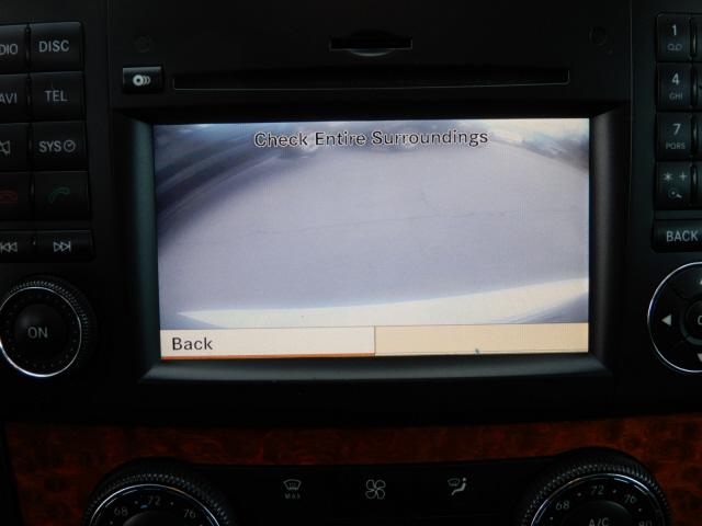 2009 Mercedes-Benz M-Class ML320 photo