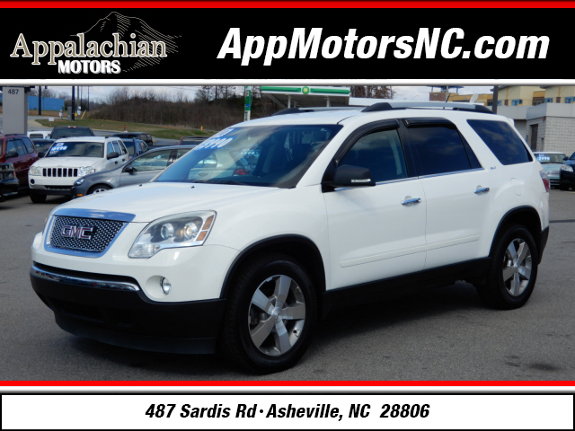 The 2010 GMC Acadia SLT-1 photos