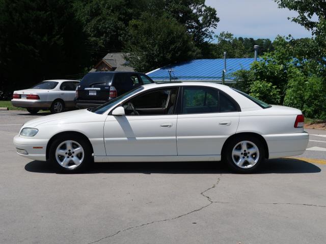 2000 Cadillac Catera Sport photo