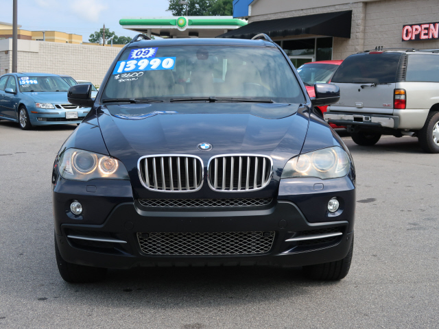 2009 BMW X5 xDrive48i photo