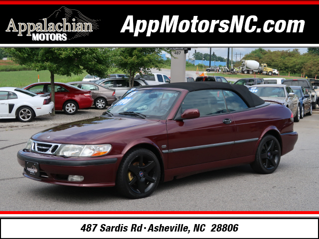 The 2003 Saab 9-3 SE photos