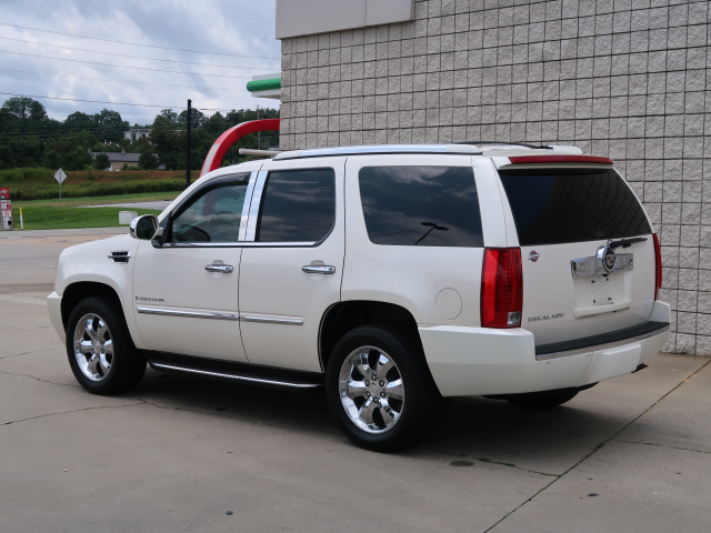 2007 Cadillac Escalade photo
