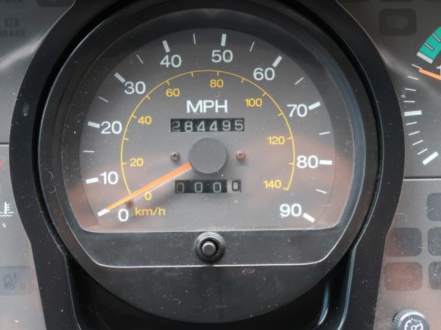 2005 Nissan UD1800CS  photo